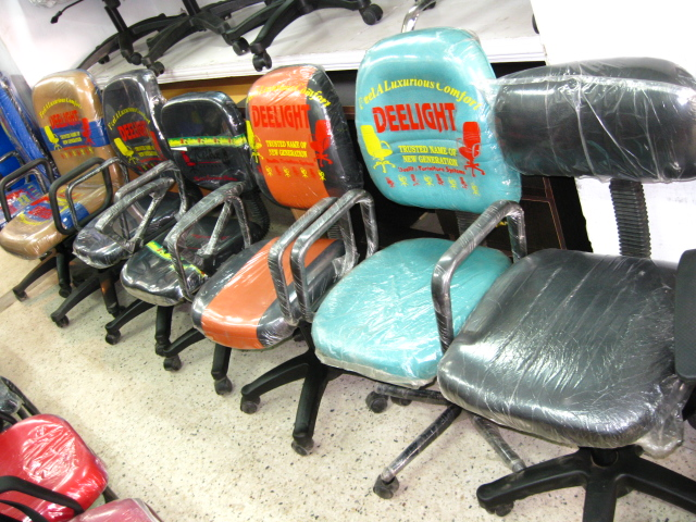 CHAIRS TABLE FURNITURE WORLD PATNA